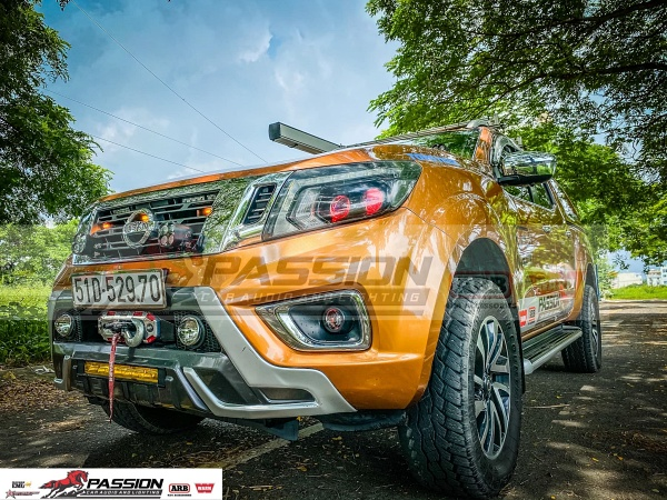 Nissan Navara Độ Đèn Led và Trang Bị Đi Dã Ngoại