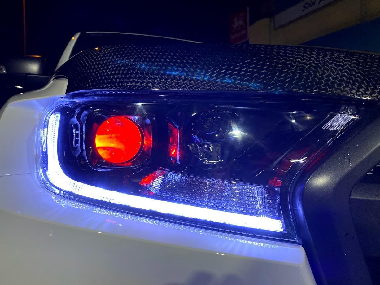 Chụp Bi Laser MT AZ L6 cận cảnh sau khi lắp rắp trên xe tại Passion auto